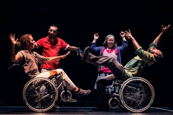 A group of disabled dancers dancers performing O Aqui