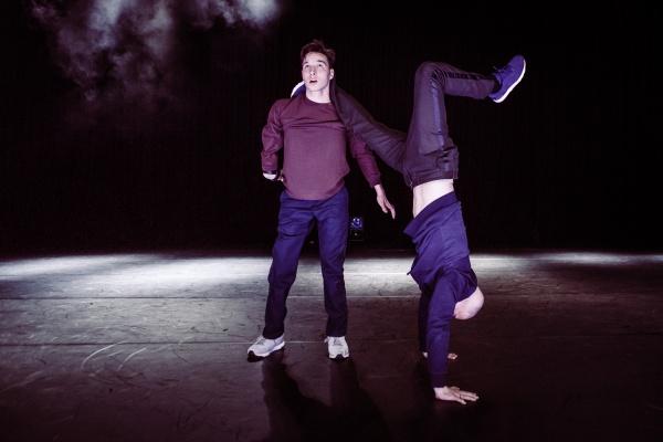 Redo Ait Chitt & Jeroen van der Linden dance piece